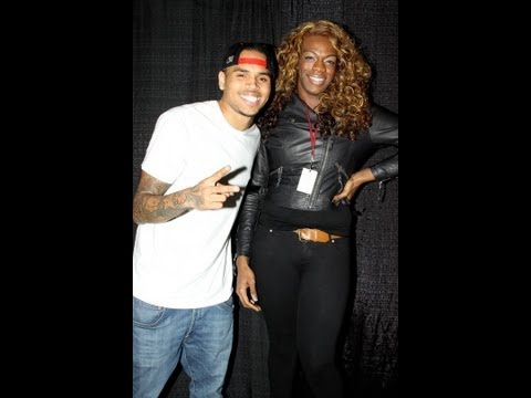 Chris Brown GAY??!!!!