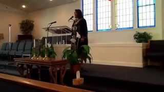 Pastor Rosetta Horne ministering in song in Seattle, WA