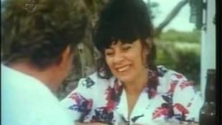 """DÉBORA DUARTE no filme """"A Menina do Lado"""" (1987)"""