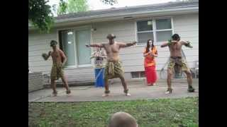 """Gambar cover Gabriel Luteru perform """"we are the people of polynesian island' with the dance group!"""