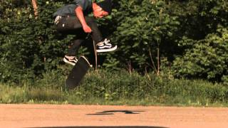Skateology: nollie fs heelflip (1000 fps slow motion)