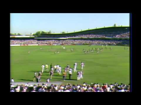 """What a quarter of football"" - behind the scenes 1985 round 1 3 quarter time"