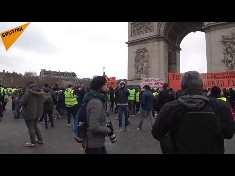 Acte 9 des Gilets jaunes: nouvelle mobilisation à Paris (Rivoli vers les Champs)