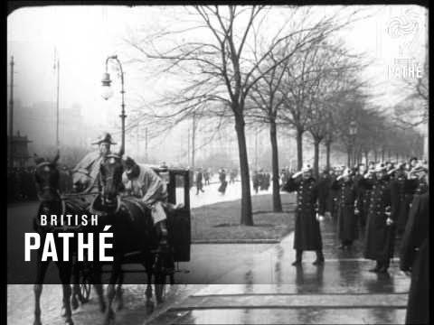 Les Ex-Souverains D'autriche En Exil Aka Sarajevo. Hs Emperor Franz Joseph (1913)