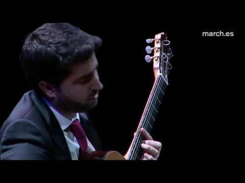 """Rafael Aguirre Plays """"Lágrima"""" By Francisco Tárrega"""
