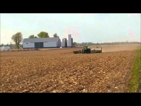 KLEIN FAMILY FARMS PLANTING CORN AND SOYBEANS MAY 2ND, 2015 LIBERTY, IN