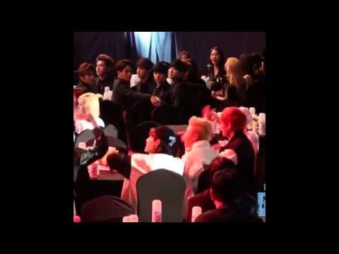 EXO turn up with BTS. [fanCam]