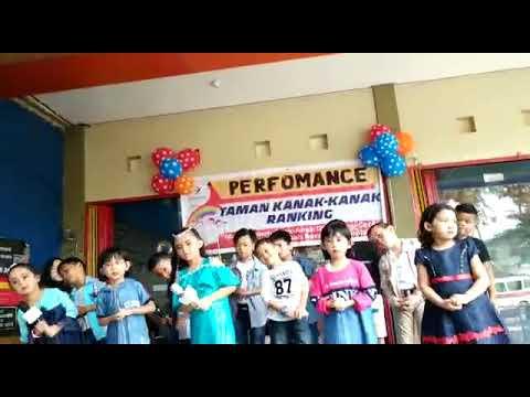 """Sherina """"PERSAHABATAN"""" Versi Anak Didik TK RANKING"""
