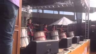 Apresentação de alunos de Taiko da Escola Megumi na Expo Japão 2014...