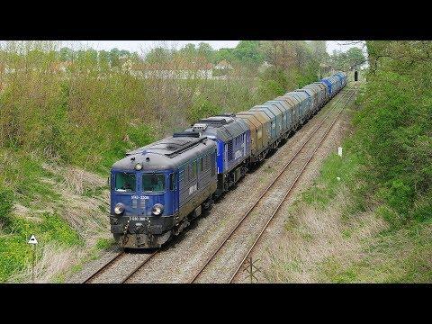 ST43-2335 w służbie PKP Cargo z wagonami krytymi w Głogówku