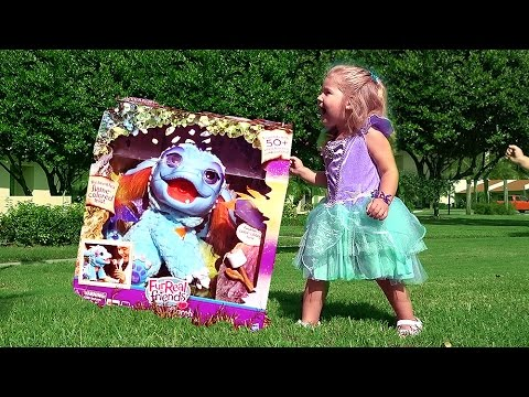 dragon breathes fire hasbro toys dragon toys furreal friends toys for kids dragon youtube. Black Bedroom Furniture Sets. Home Design Ideas