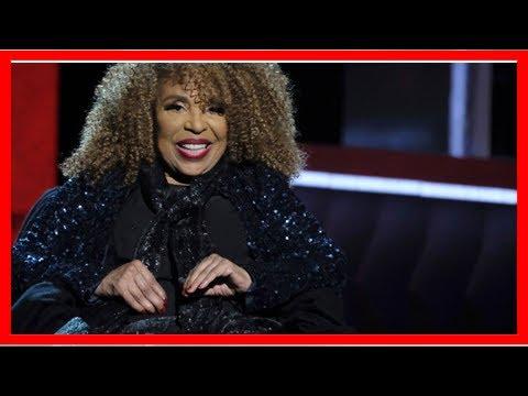 Breaking News | Roberta Flack leaves Harlem awards show after feeling ill