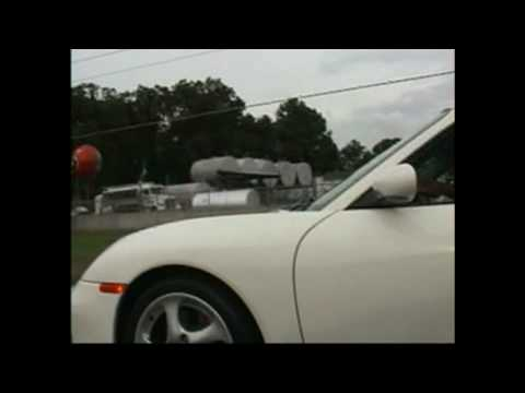 Mitsubishi 3000gt VR4 vs Porsche Turbo Illegal Streetracing