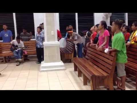 Happy Easter at Kapingamarangi church 042015  2420