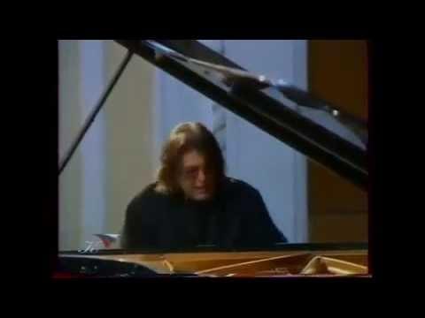 Andrei Gavrilov plays Chopin, Ravel, Scriabin, Prokofiev, Scarlatti - video