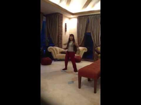 Waka waka dance for Shan Shan