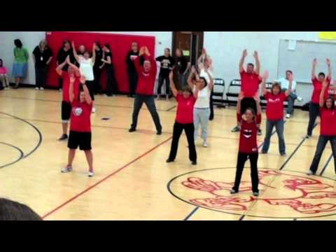 Dundee Middle School Mob Dance 2011