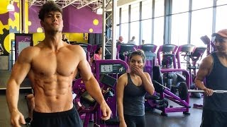 One of Connor Murphy's most viewed videos: Connor Murphy Trains at Planet Fitness