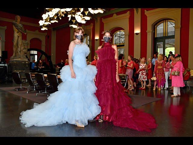 Red Club Fashion Show Lapidarium