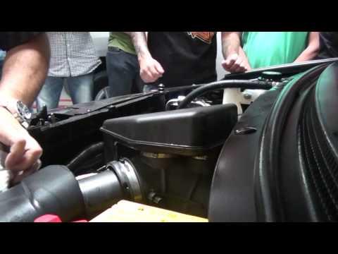 Como lavar el motor de mi carro por dentro doovi for Como lavar el motor de un carro