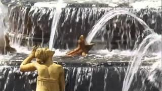 Les Grandes Eaux Musicales - Château de Versailles(Découvrez les jardins du château de Versailles autrement, au rythme du jaillissement en musique des eaux des fontaines et bosquets. Du 29 mars au 27 ..., 2012-06-15T13:03:08.000Z)