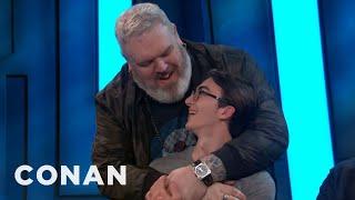Isaac Hempstead Wright & Kristian Nairn Reunite At #ConanCon  - CONAN on TBS