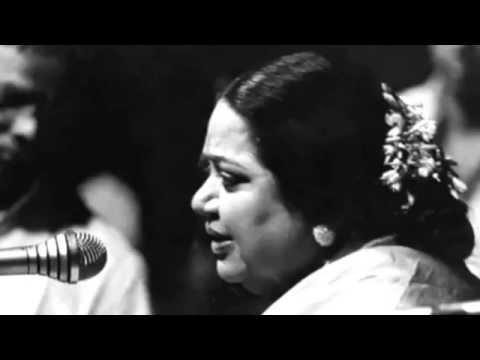MLV-04-Mont78-NirajAkshi Kamakshi-Hindholam-M L Vasanthakumari. From concert Montreal Canada.