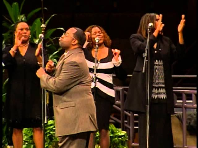 byron-cage-glory-song-yet-praise-him-sha-bach-claudio-morales