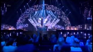 SAM BAILEY SINGS THE POWER OF LOVE AT NTA AWARDS!