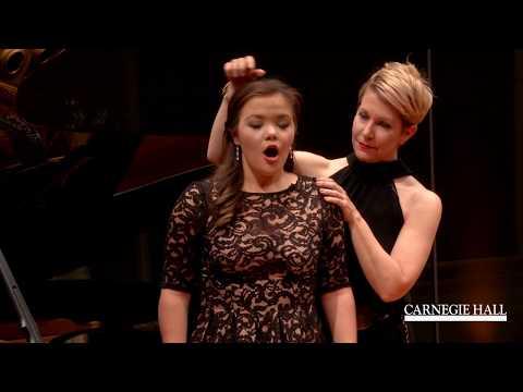 """Joyce DiDonato Master Class January 2016: Mozart's """"Non so più cosa son, cosa faccio"""""""