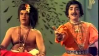 LAILA MAIN LAILA REMIX COMEDY SONG-MALAYALAM COMEDY CHANNEL