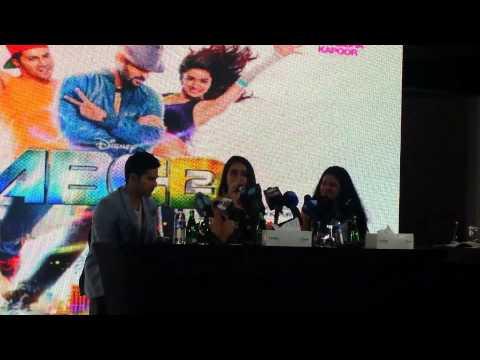 Shraddha Kapoor sings 'sun saathiya' from ABCD2