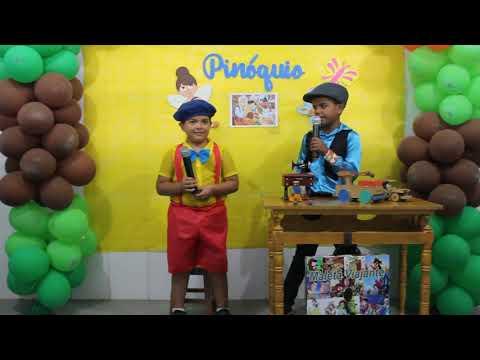 Assista: Projeto Maleta Viajante, hoje os alunos Caio e Pedro Miguel contaram a história do Pinóquio.