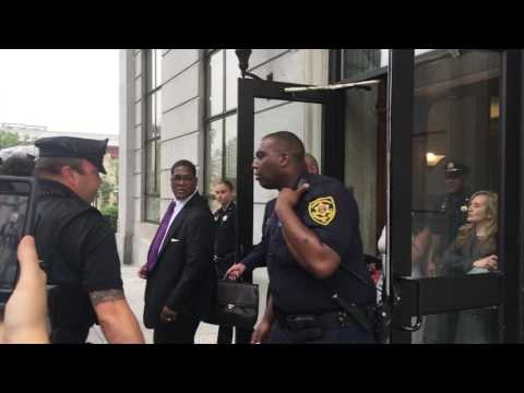 Bill Cosby Leave Montgomery County Court