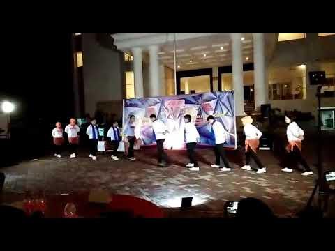 KANCA POLEWALI FPK 2018 SAME RESORT BULUKUMBA ( goyang tobelo , lypsinc & fire dance single staff )