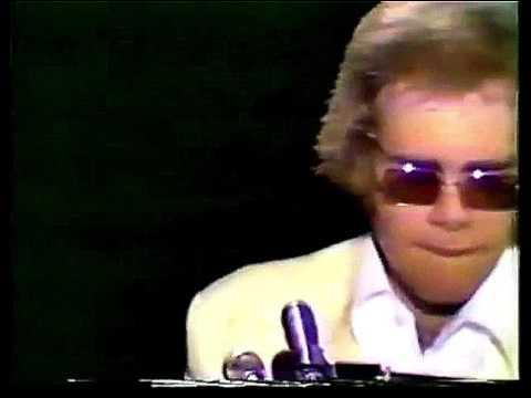 Elton John - Tiny Dancer (Live at the Royal Festival Hall 1972) HD