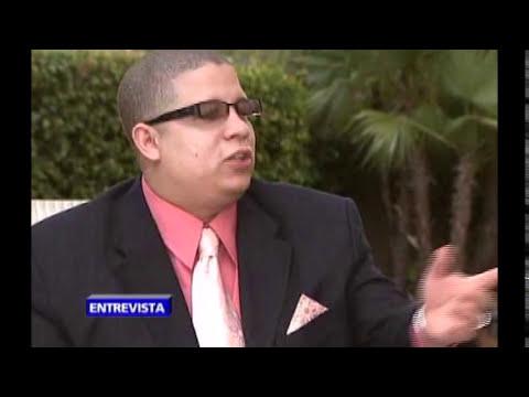 La historia detras de la cancion, Hector el father Payaso