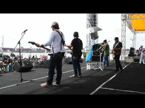 PALEMBANG TEPI SUNGAI MUSI RHOMA IRAMA; Konser Pilpres 2014, durasi 1 jam 28 menit