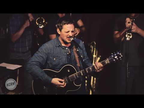 """Sturgill Simpson performing """"Brace for Impact"""" Live on KCRW"""