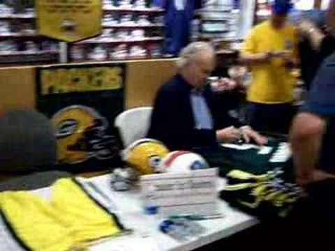 Paul Hornung Green Bay Packers signs autographs