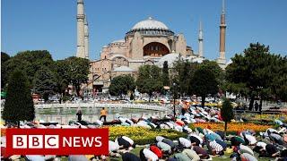 Hagia Sophia: Former Istanbul museum welcomes Muslim worshippers - BBC News