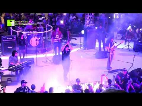 Satu Kayuh Berdua - KLa Project (Live)