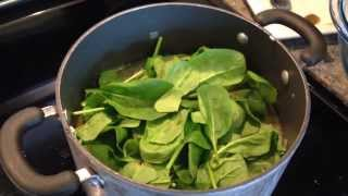 Hearty Spinach & Bean Soup Recipe