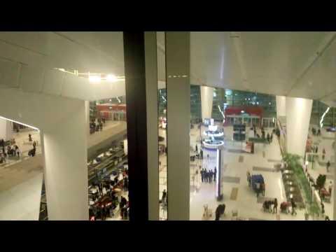 Hotel in Delhi airport (Holiday Inn Express Delhi)