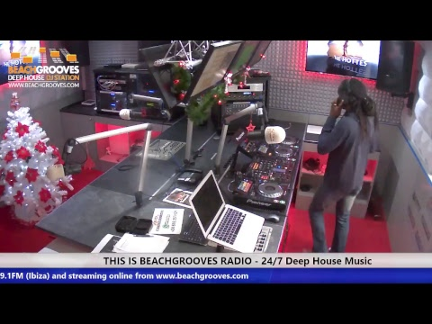BeachGrooves Radio Live Stream - LIVE 24/7 Video Broadcast