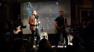 """Nojus (Darius Mileris) su grupe @ """"Artistai"""" [klubas """"Artistai PUB"""", Vilnius, 2014-05-09]"""