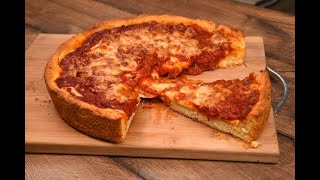 Chicago-Style Deep Dish Pizza: how to make it at home!