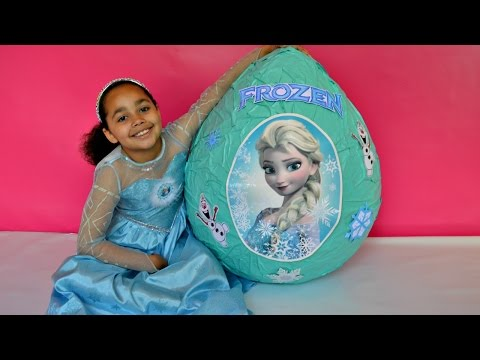 DISNEY FROZEN VIDEOS - ELSA & ANNA  TOYS  IN GIANT SURPRISE EGG  TOYS  OPENING