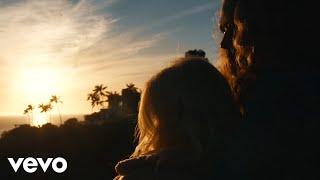 Смотреть клип Alissa Griffith - Unfold