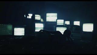 Смотреть клип Cxloe - Heavy